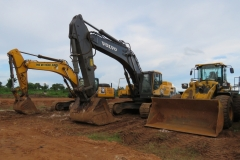 New Holland E385C Excavator. Volvo E480DL Excavator and SDLG L956F Wheel Loader