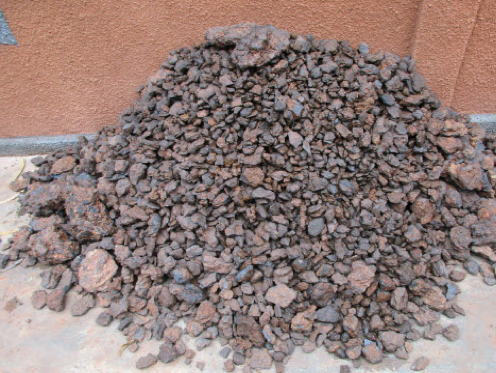 Laterite (In Situ) +25mm manganese ore washed