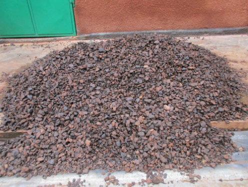 Laterite (In situ) -25+8mm manganese ore washed